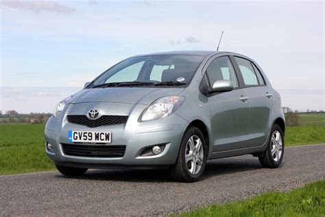 Review Toyota Yaris by Toyota Yaris Hatchback Review 2006 2011 Parkers