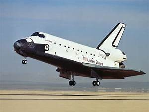 Shuttle Atlantis Landing