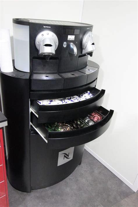 siege nespresso machine a cafe de marque nespresso gemini cs200 pro et
