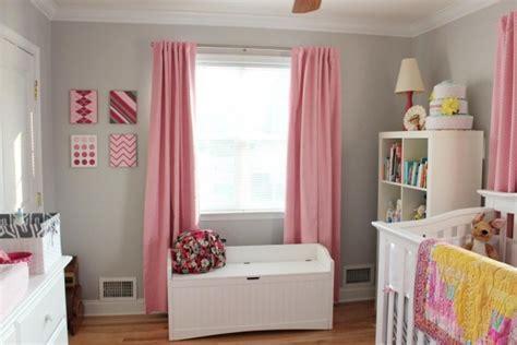 tapis chambre fille violet chambre bébé fille en gris et 27 belles idées à