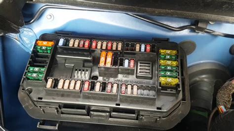 Bmw F22 Fuse Box by Bmw 4 Series F32 How To Change Cigarette Lighter