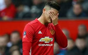 Manchester United Manager Afraid Of Injured Marcos Rojo ...