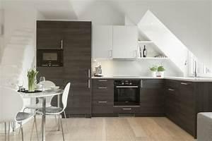 Küche In Dachschräge : k che dachschr ge 50 ideen f r ein auff lliges k chendesign ~ Markanthonyermac.com Haus und Dekorationen