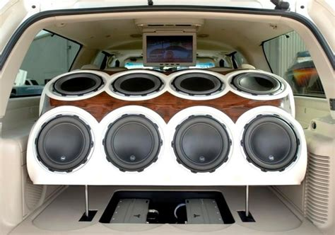 Boat Stereo Competition by Speakers Custom Cars