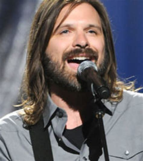 Third Day's Mac Powell Releasing Country Album