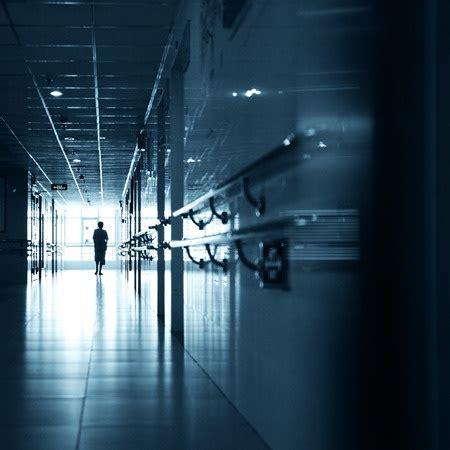 chambre d isolement en psychiatrie santé mentale histoires vécues pour inviter au soin en