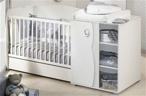 lit bebe avec table  langer