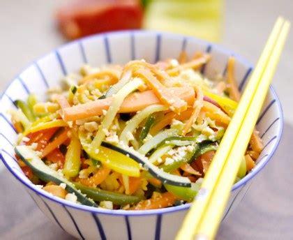 comment cuisiner le turbot wok de légumes recette de wok de légumes marmiton