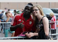 Sadio Mane tells young Southampton fan he's staying at St