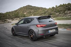 Leon Cupra R 2018 : media gallery this is the all new 2018 seat leon cupra r automotorblog ~ Medecine-chirurgie-esthetiques.com Avis de Voitures