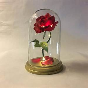Rose In Glas : beauty and the beast rose enchanted rose rose in glass dome ~ Frokenaadalensverden.com Haus und Dekorationen