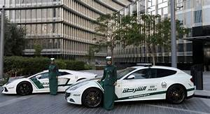 Voiture Police Dubai : dubai luxe police soblacktie blog magazine tendances luxe et mode ~ Medecine-chirurgie-esthetiques.com Avis de Voitures