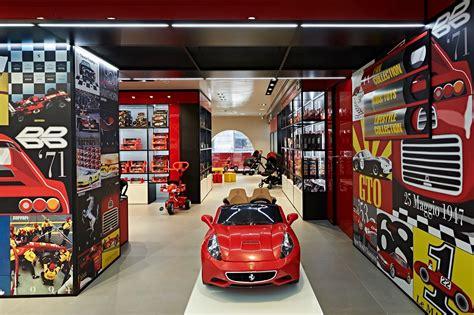 Scuderia ferrari (39) men (21) women (1) kids (5) accessories / gift items (14) red bull racing (29) caps (2) men (18) women (5) accessories (4) mercedes amg f1 (32) accessories / gift items. Ferrari Store opens new flagship in heart of Milan