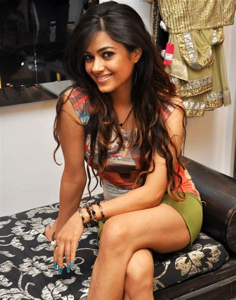 All Collection Wallpapers Latest Meera Chopra Hot Stills
