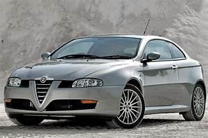 Alfa Romeo V6 : alfa romeo gt v6 sports cars ~ Medecine-chirurgie-esthetiques.com Avis de Voitures