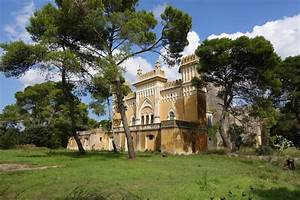 This Historic Italian Villa Will Name A Suite After You