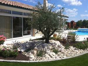 decoration jardin mineral deco terrasse pinterest With amenagement du jardin photo 2 massif de plusieurs mineraux creation de massif