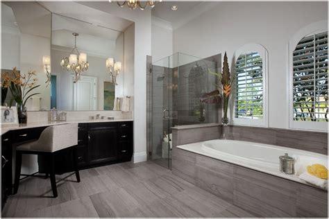 Grey Wood Tile Bathroom by Grey Wood Tile Bathroom Exceptional Bathroom Tile Pony