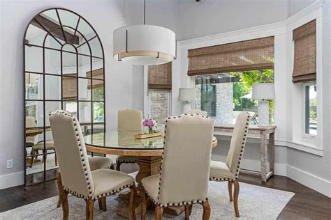 dining rooms   dining tables