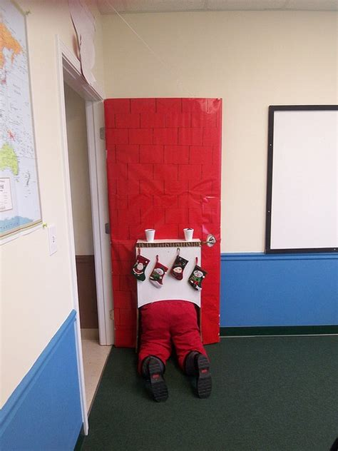 office door christmas decorating ideas 4 calling birds 1000 images about decorating contest ideas on cubicles classroom door and
