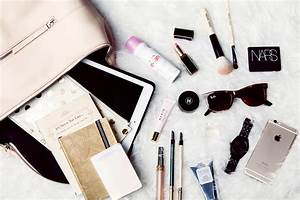 What's In My Bag - The Chriselle Factor