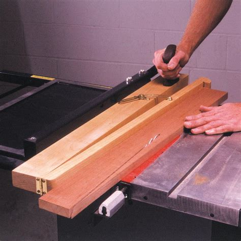 tablesaw taper jig woodworking plan  wood magazine