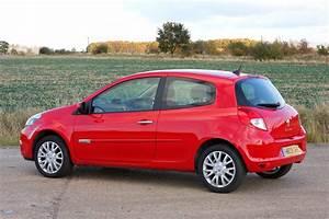 Clio 2010 : renault clio hatchback review 2005 2012 parkers ~ Gottalentnigeria.com Avis de Voitures