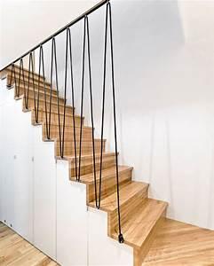 Main Courante Escalier Intérieur : 15 must see rampe noire pins rampe peinte peindre des escaliers et cage d 39 escalier noire ~ Preciouscoupons.com Idées de Décoration