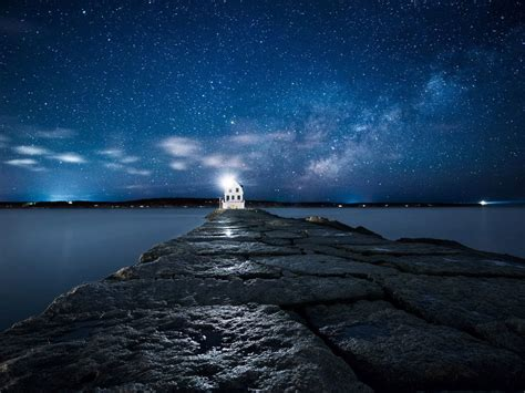 Lighthouse Under The Starry Sky HD Wallpaper