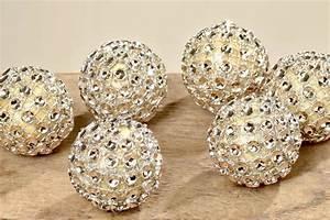 Deko Mit Strass : deko kugel strass weihnachtsdeko strasskugel d 3cm 6er set ~ Markanthonyermac.com Haus und Dekorationen