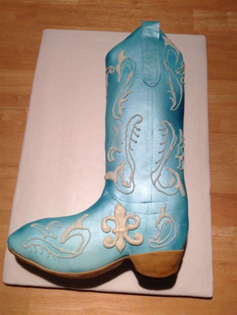 cowboy boot cake  cakes pinterest cowboys cakes