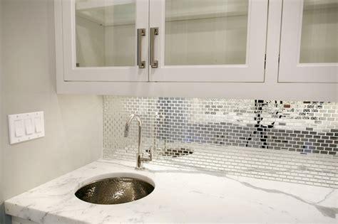 mirrored backsplash contemporary kitchen blue water