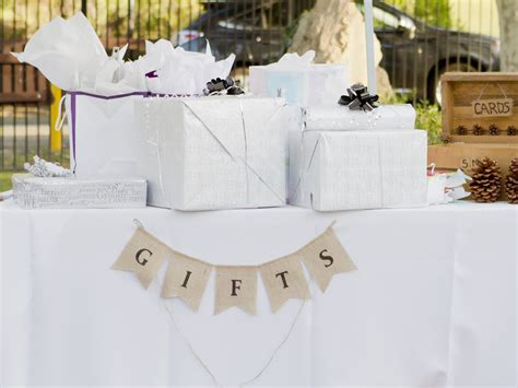 must you send a gift if you don t attend a wedding