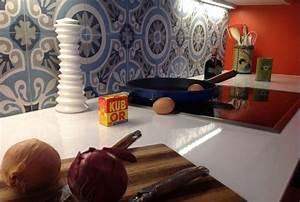 Une cuisine en 3 semaine chrono credence en carreaux de for Kitchen colors with white cabinets with papier peint imitation carreaux de ciment