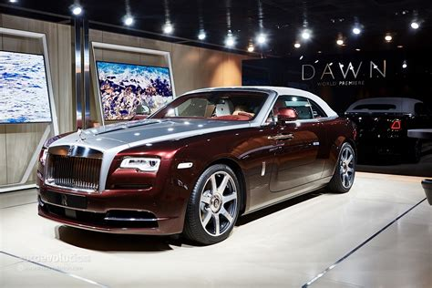 rolls royce rolls royce dawn settles the best four seater cabriolet
