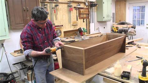 build  top bar beehive  design plans jon