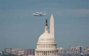 Space Shuttle Discovery DC Fly-Over (201204170045HQ ...
