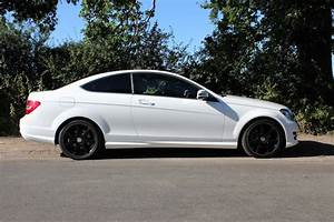 Mercedes Classe C 220 Cdi Coupe Sport : view of mercedes benz c 220 cdi sports coupe photos video features and tuning of vehicles ~ New.letsfixerimages.club Revue des Voitures