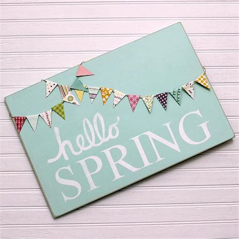 spring bannered wooden sign project  decoart