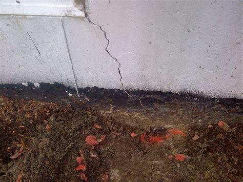 Cracks In Basement Wall Leaks Basement Crack Repairs