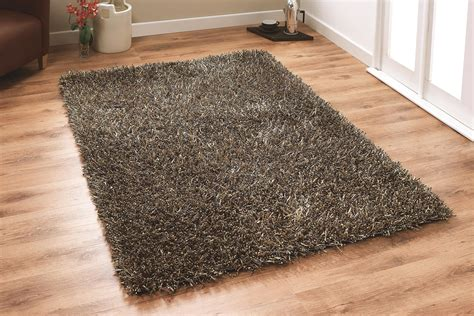 Shaggy Rug For Your Comfortable Bedroom  Furniture And