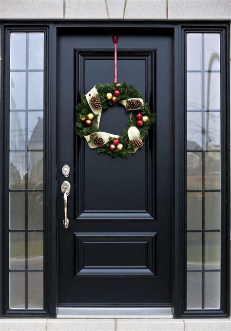 haustueren mit stil auch zur weihnachtszeit ein blickfang