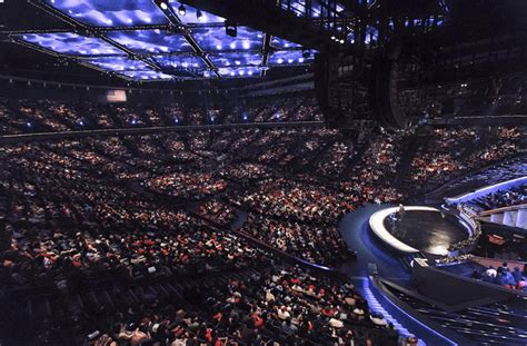 10 Largest Megachurches in Texas