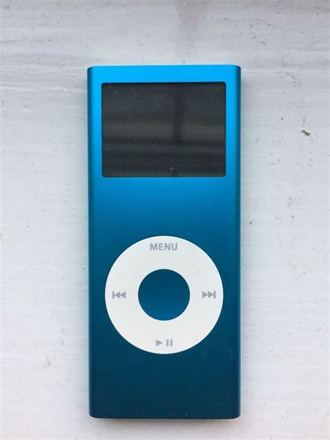 ipod nano 2 generation apple ipod nano 2nd generation blue 4gb in bransgore