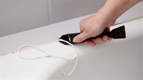 changer les joints d une baignoire avec les bons outils