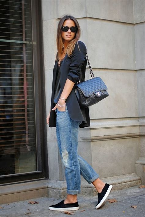Casual-chic Outfit Ideas with Slip-on Shoes - Pretty Designs