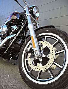 Dyna Low Rider : 139 best images about hd dyna lowrider on pinterest models bobs and police ~ Medecine-chirurgie-esthetiques.com Avis de Voitures