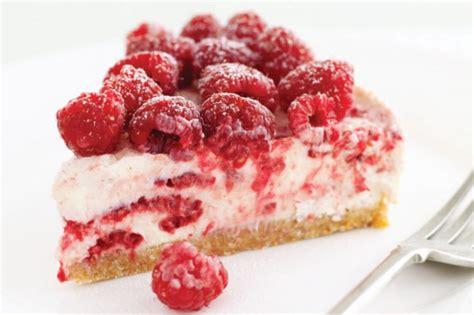 Raspberry cheesecake from barefoot contessa. Raspberry Cheesecake Recipe - Taste.com.au