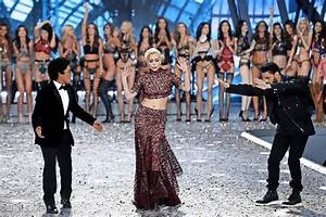 Victoria Secret Paris Champs Elysees : victoria s secret in paris dessous engel schweben ber den laufsteg ln l becker nachrichten ~ Medecine-chirurgie-esthetiques.com Avis de Voitures