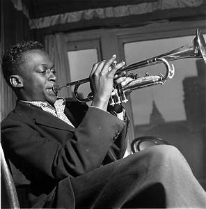 MILES DAVIS discography (top albums), reviews and MP3